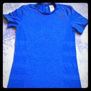 Adidas Activewear T-Shirt Size Small Dark Blue
